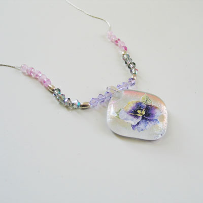 Sweet Pansy Necklace 268 NEW