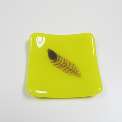 Yellow Feather Ringtray 126 NEW